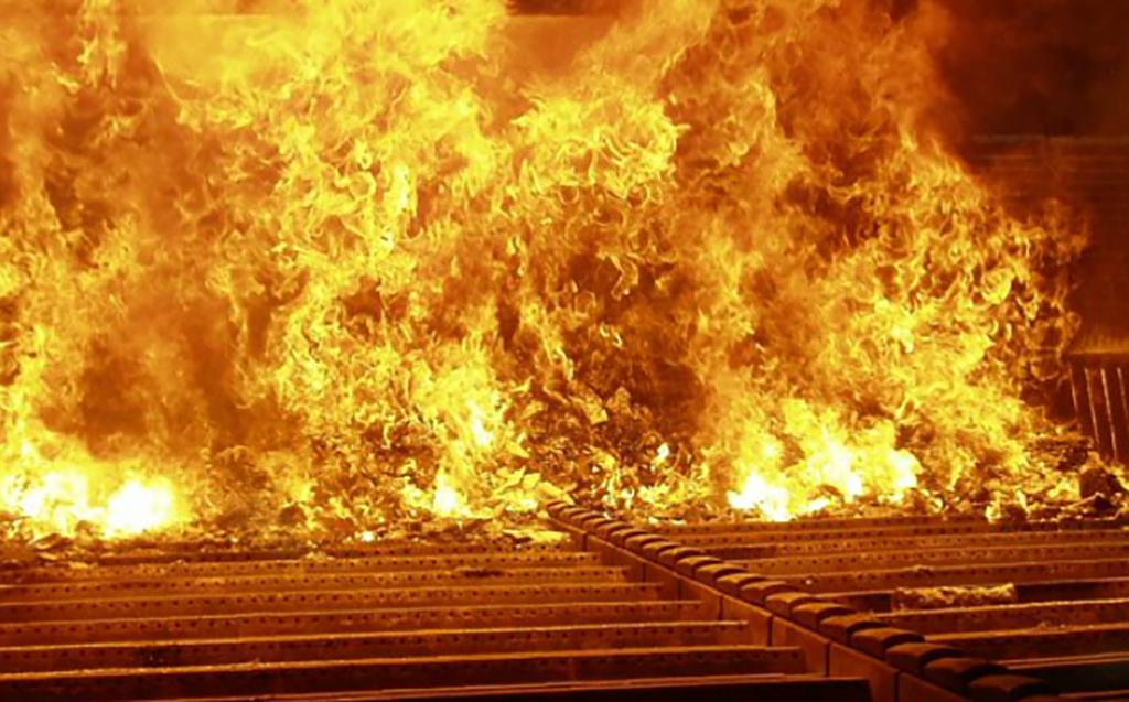 Vi bränner för mycket sopor